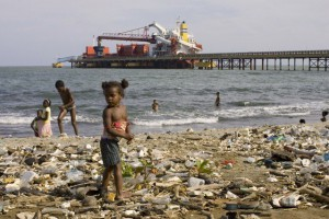 Haina-beach-DominicanСамые грязные пляжи мира
