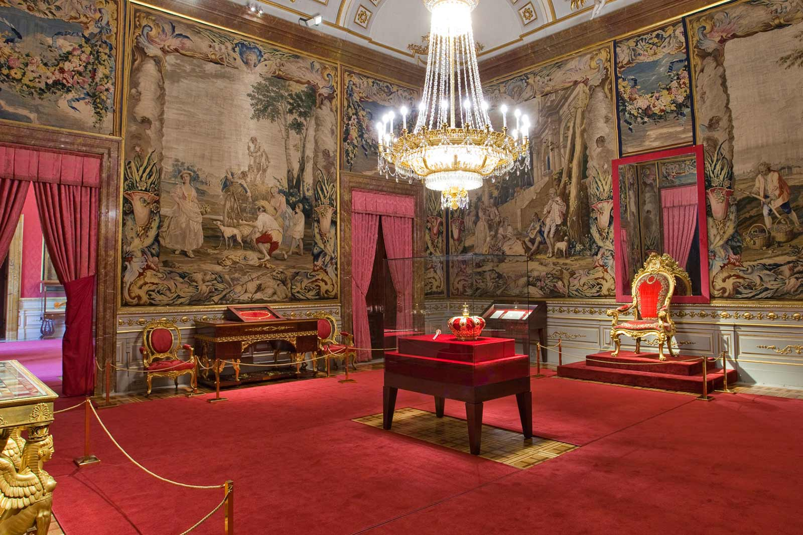 Королевский-дворец-(Palacio-Real)